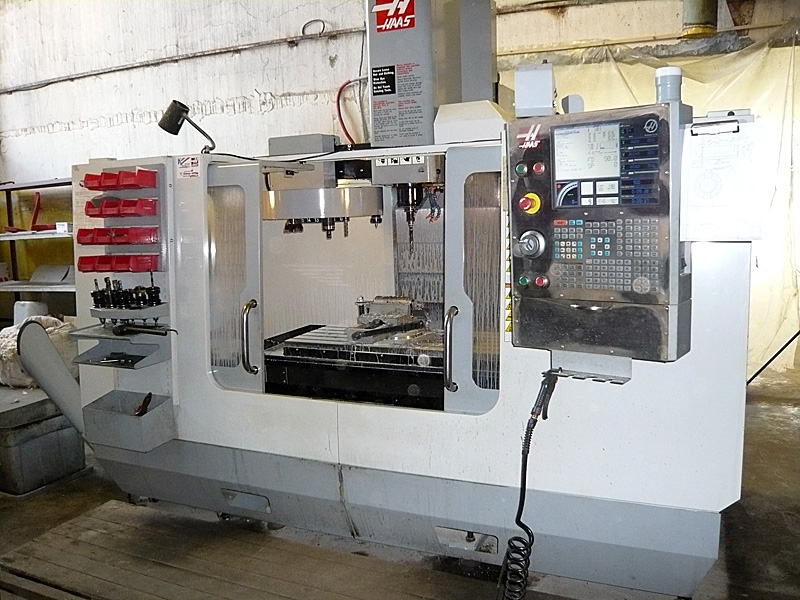 Vertical milling and drilling CNC machining center HAAS VF-3B